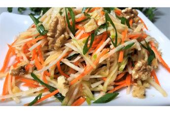 Вкусный витаминный салат с черной редькой