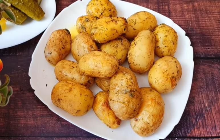 Молодой картофель – самый вкусный рецепт!