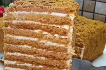 Ленивый медовик за 30 минут! Самый вкусный торт к чаю!