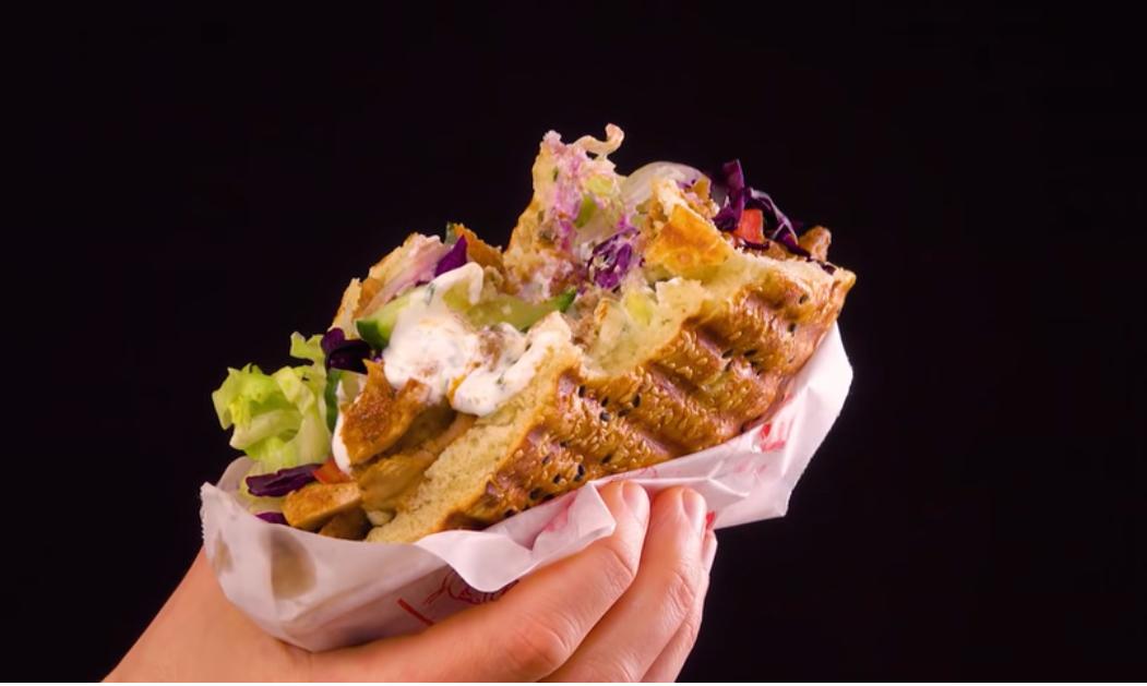 Донер-Кебаб - знаменитый стрит-фуд: готовим вкусную и сочную шаурму по-немецки.
