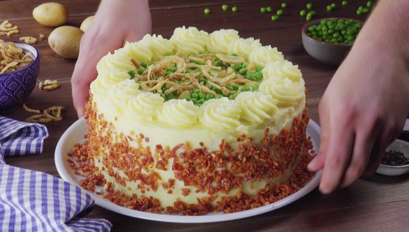 Мясной торт с картофельным пюре: роскошное блюдо на любой день.