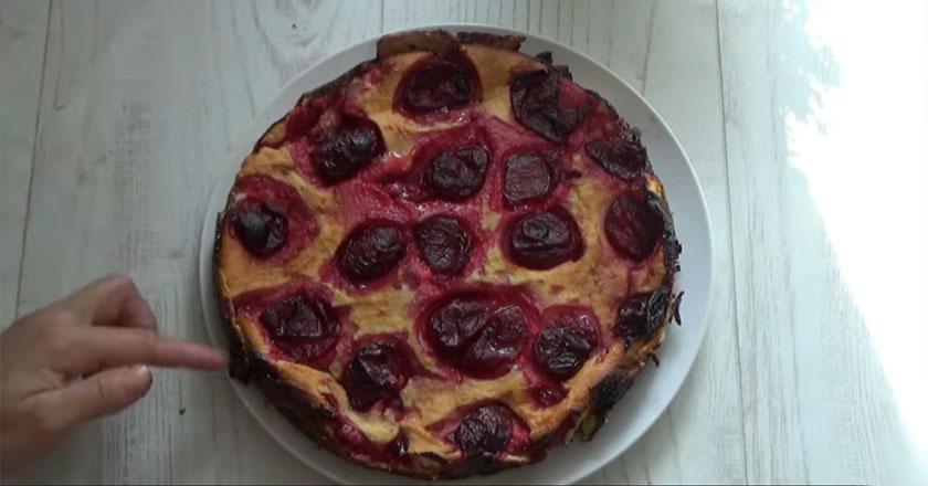 Сливовый пирог - вкусный, ароматный и очень мягкий!