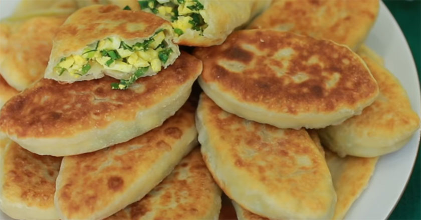 Вкусные пирожки с луком и яйцом - самый быстрый рецепт!