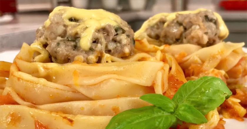 Аппетитные макароны с фаршем и овощами! Рецепт из детства!