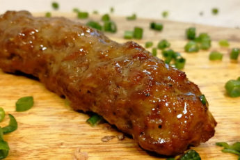 Невероятно вкусное мясное блюдо! Пальчики оближешь!