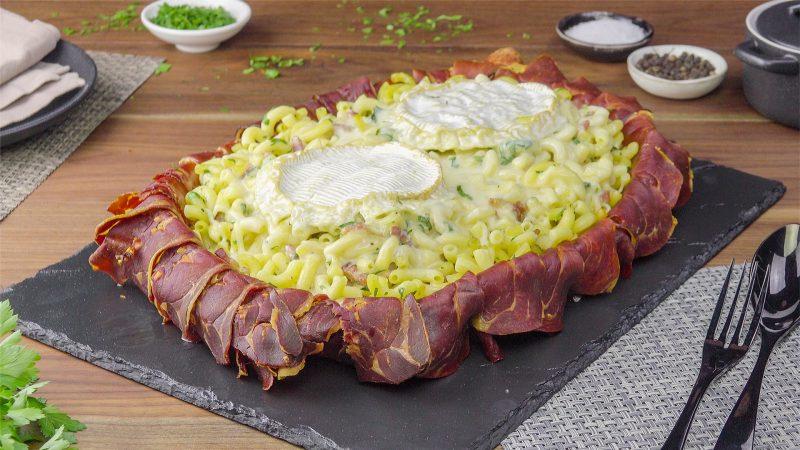 Готовим рожки с ветчиной и сыром в духовке - очень оригинальный рецепт.