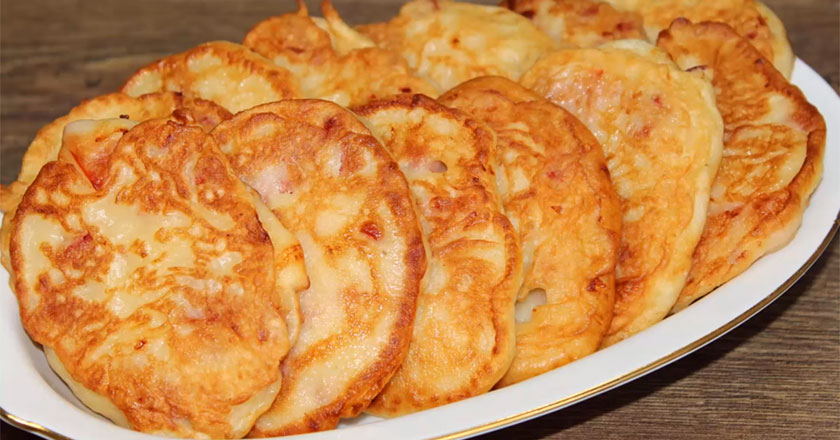 Вкусные оладьи с начинкой! Отличная замена пирожкам!