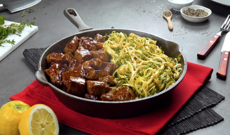 Спагетти из кабачков с нежнейшей говядиной. Потрясающе вкусный рецепт к ужину!
