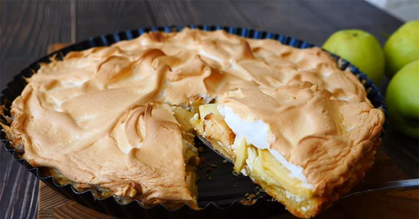 Яблочный пирог с творожной начинкой!