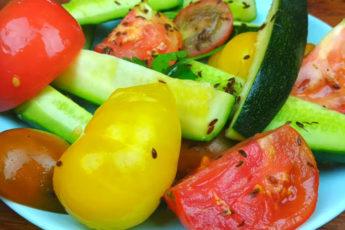 Соленые овощи в банке! Супер простой рецепт!