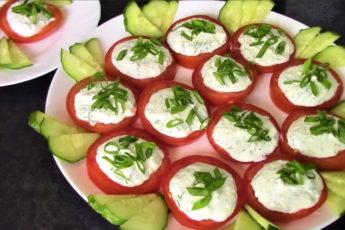 Пикантные томаты с сыром! Пальчики оближешь!