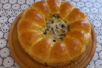 Пирог из булочек с грибной начинкой!