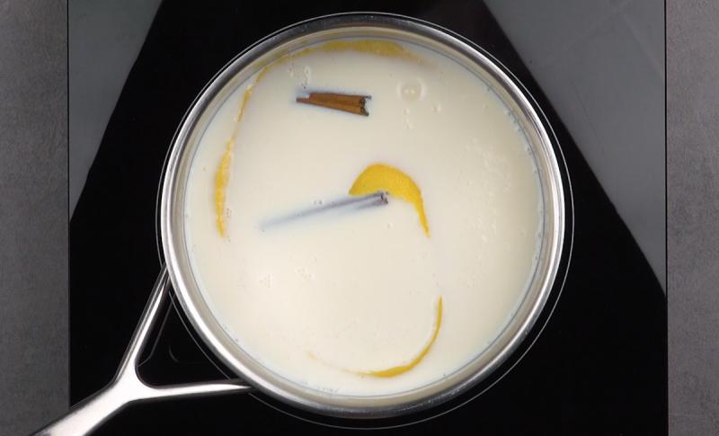 Жареное молоко на палочке: этот оригинальный испанский десерт понравится всем.