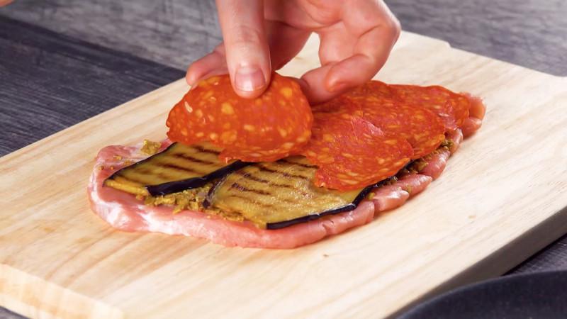 Это лучшее, что можно сделать из отбивного мяса. А какая начинка!