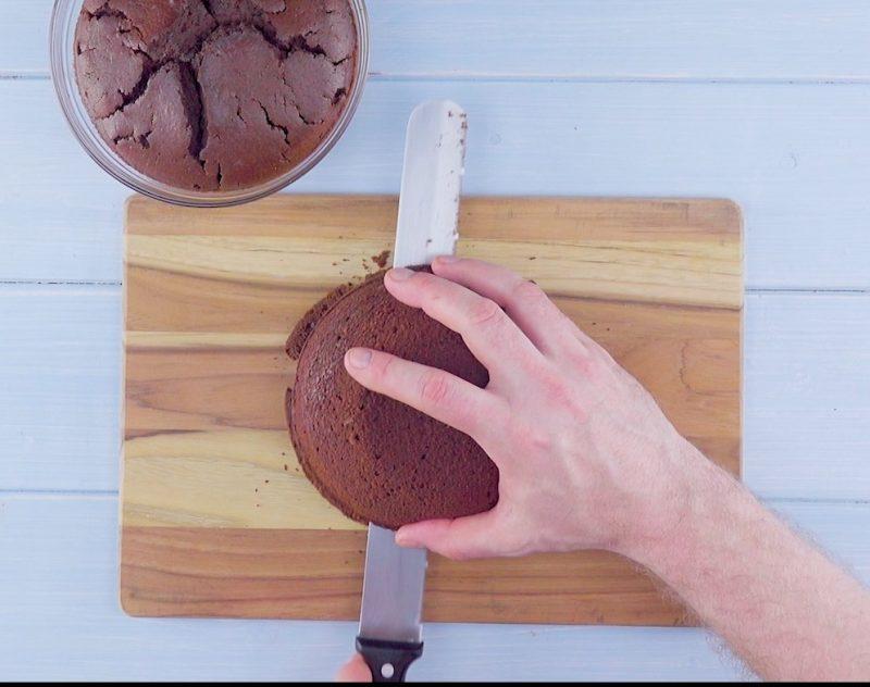 Бисквитный торт с ананасом, кокосом и шоколадом: Рецепт райской жизни!