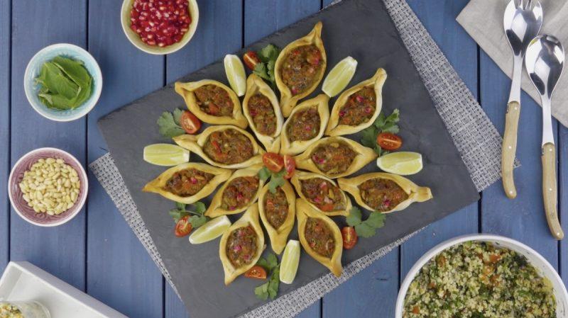 Мини хачапури с мясом по-арабски: очень простой и оригинальный рецепт.