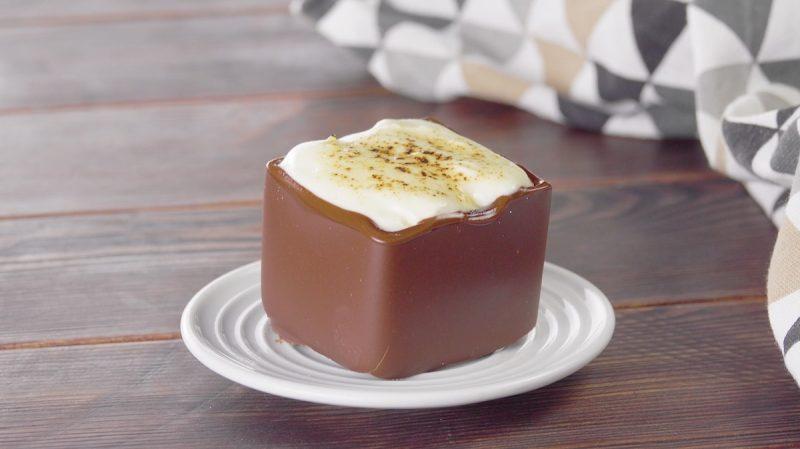"""Пирожные """"Шоколадные кубики"""" с вкуснейшей начинкой. Самый красивый десерт!"""