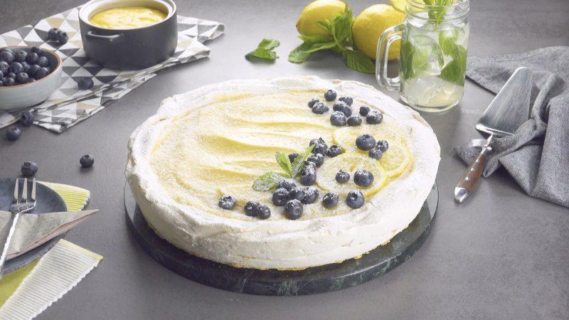 """Нежный и красивый торт-безе """"Павлова"""" в новом вкусе. В этот десерт точно влюбятся все!"""