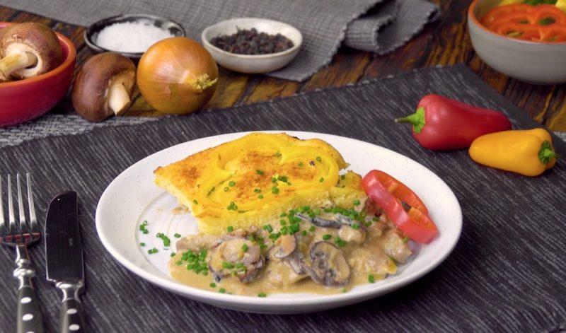 Сытная и вкусная запеканка бефстроганов с грибами: идеальный рецепт к ужину.