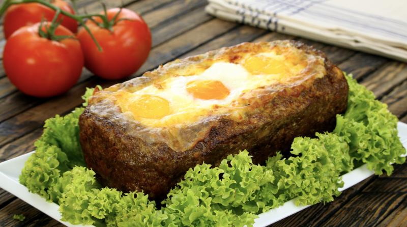 Мясной хлеб с начинкой из сыра, яйца и бекона - утолит любой голод