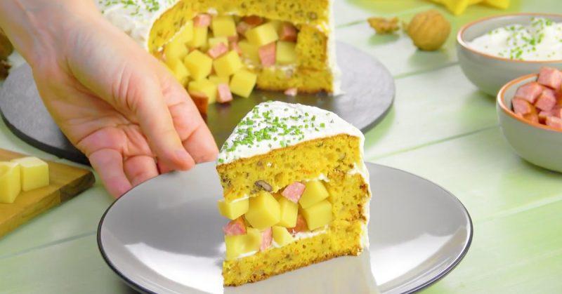 Оригинальный пирог из тыквенного теста с картофелем и сырной начинкой. Вкусно и сытно!
