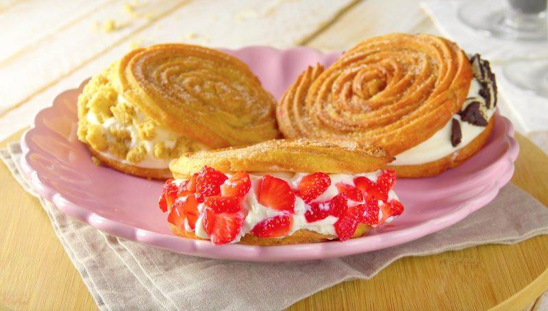 Чуррос с кремом и печеньем: потрясающий десерт в роскошной форме.