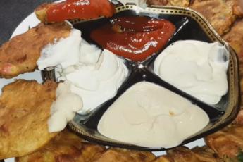 Оладьи с колбасой