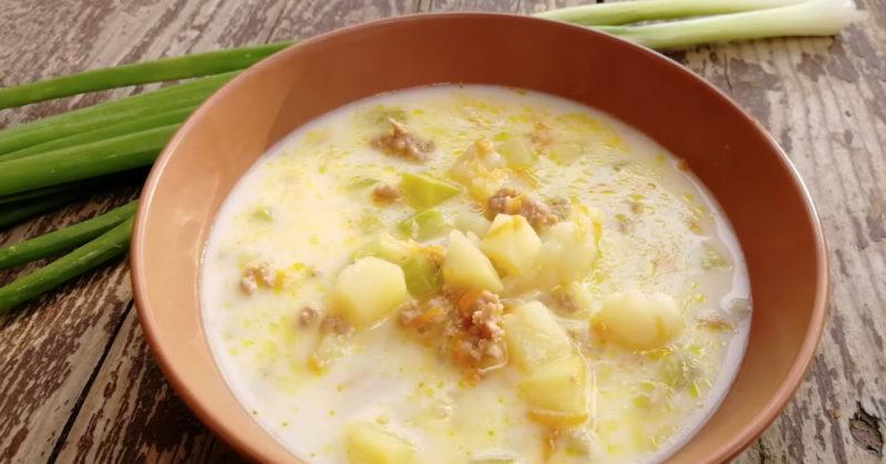 Наваристый сырный суп - приготовите не раз!
