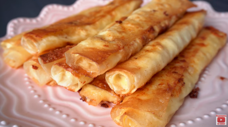 Творожно-сырные трубочки из лаваша – настолько вкусные, что их придется готовить много дней подряд