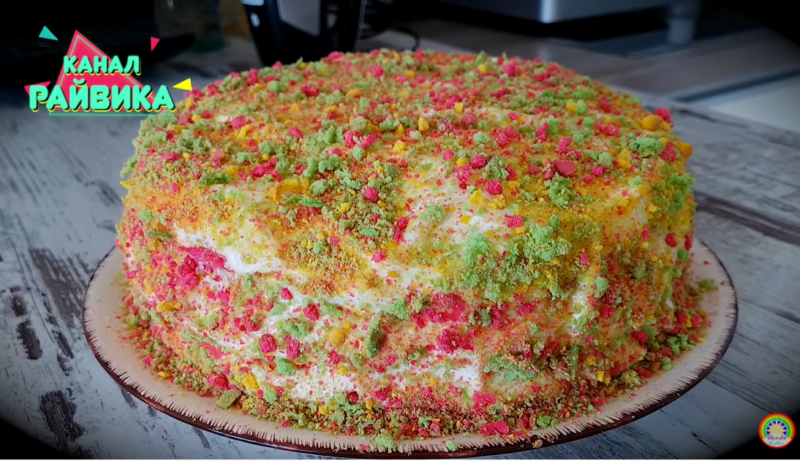 Торт «Разноцветные облачка»