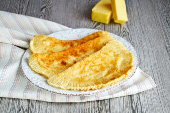 Теперь они точно у вас получатся! Беспроигрышный рецепт сочных чебуреков с сыром.