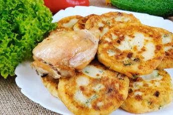 Картофельные оладьи с зелёным луком