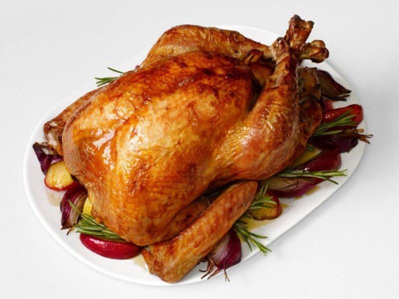 Курица «под градусом» - «хмельная» птичка на бутылке пива - загорелая, сочная и нежная