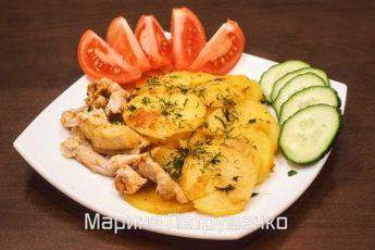Картофель по-домашнему в молоке с курицей. Рецепт для мультиварки.