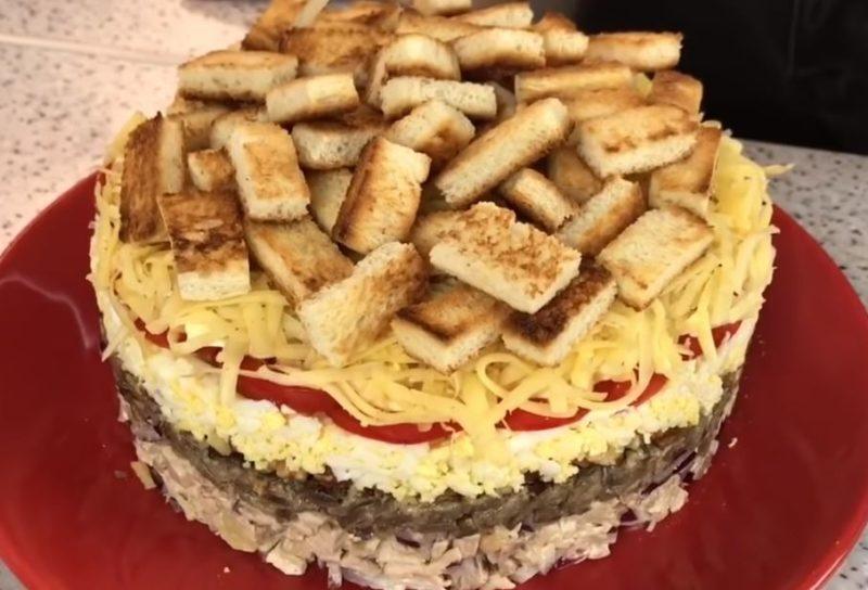 Салат «Антошка»: вкусно, сытно даже без картошки