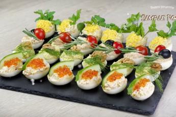 Идеальная закуска без майонеза – фаршированные яйца с 4-мя оригинальными начинками