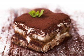 """Ни один сладкоежка не может устоять перед таким десертом! Готовлю итальянский """"Тирамису"""" особым способом, как научила мама"""
