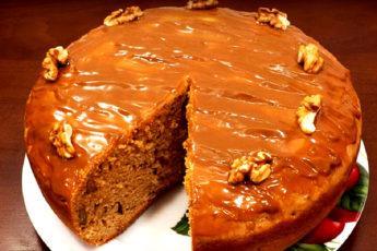 Шоколадный кекс с орехами в мультиварке