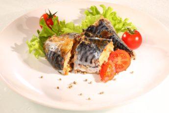 Универсальный рецепт в фольге для любой рыбы. Но со скумбрией мне нравится больше всего