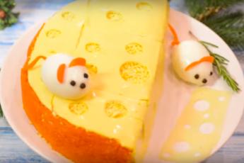 Салат «Мышки на сыре»