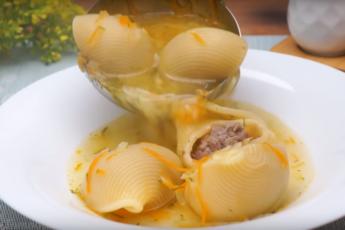 Добавила лумакони в суп с фрикадельками, думала испорчу! Новая версия привычного блюда