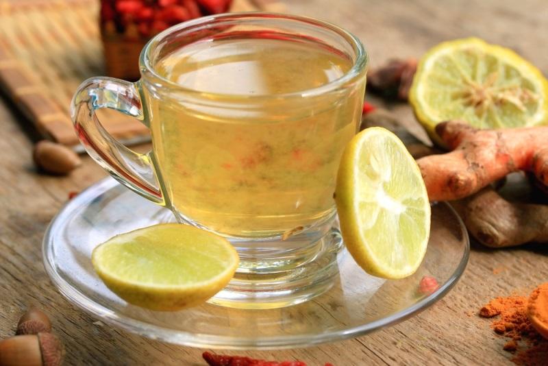 «Лимонная вода с куркумой: стакан утром, и весь день сияю. Всем простого человеческого счастья!». Одна пряность на все случаи жизни