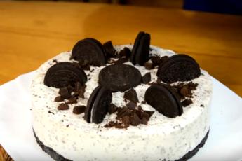По мотивам культового «Орео» - торт (чизкейк) без выпечки из американского печенья