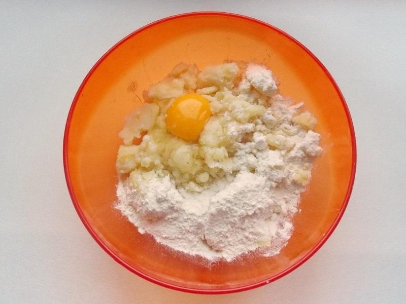 Как приготовить зразы картофельные с фаршем