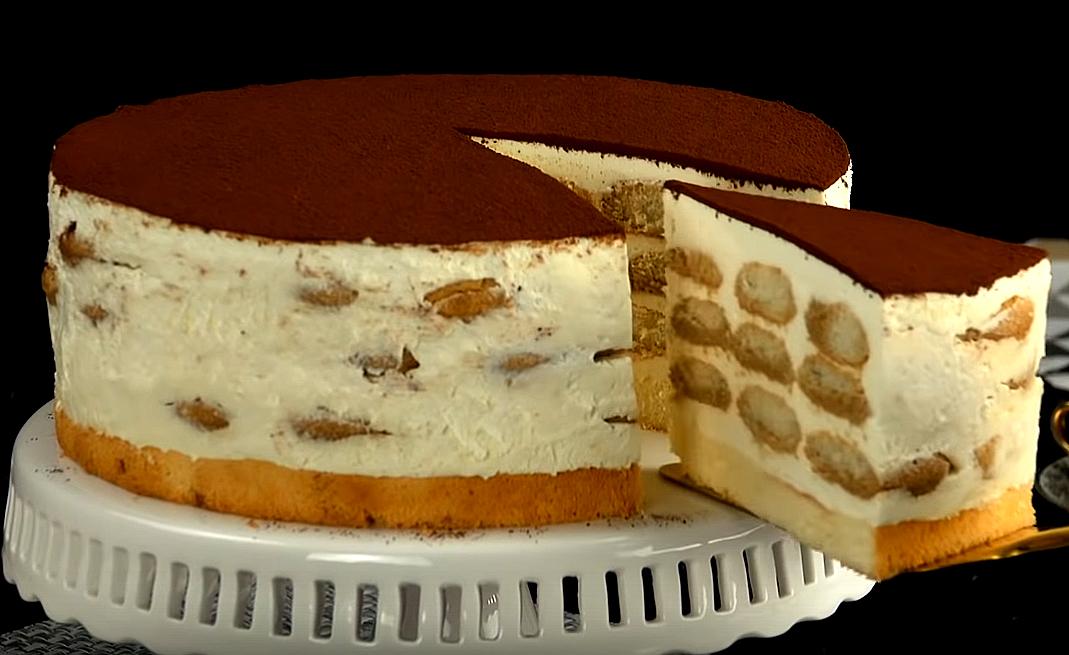 Если вам нравится превращать скучное печенье в тортик – попробуйте этот «полосатый» рецепт!