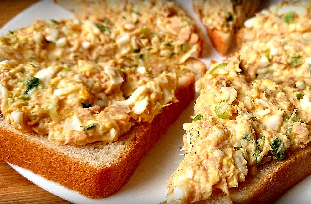 """Рыба станет дефицитом в вашей семье, когда вы попробуете эти бутерброды! Вкусная """"намазка"""" на хлеб"""