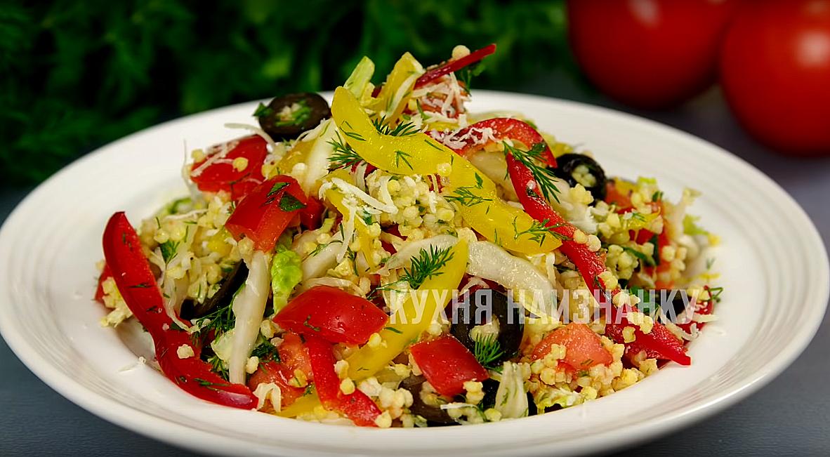 """5 """"женских"""" салатов, легких и вкусных + 6 способов, как сделать украшения из огурцов!"""
